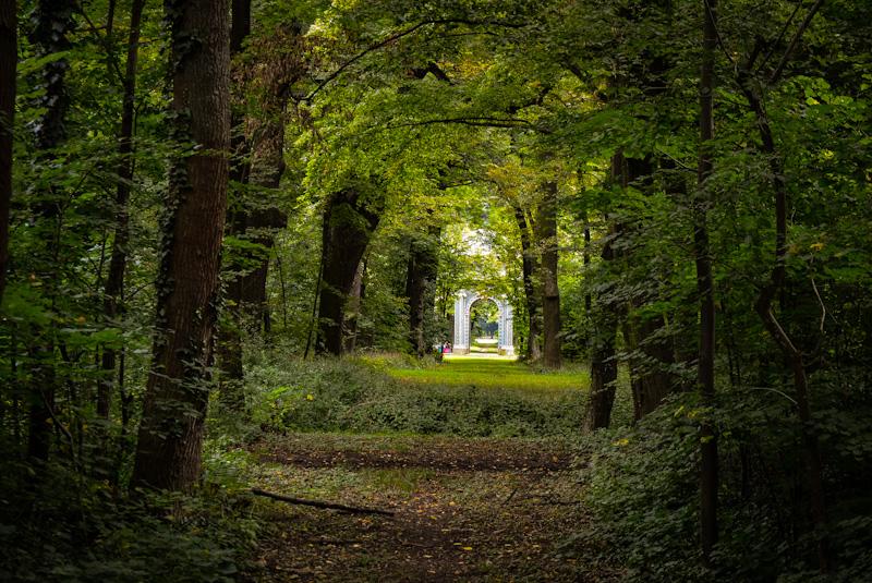 Concordiatempel w parku przy zamku