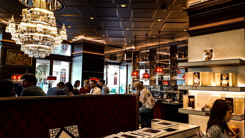 Kawiarnia i sklep Sacher Hotel