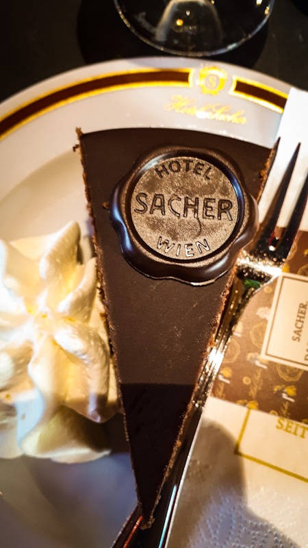Sacher Tort , każdy detal się liczy
