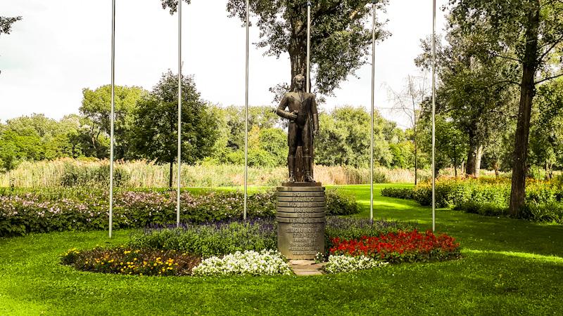 Pomnik Doanupark
